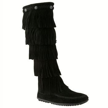 Minnetonka 5-Layer Fringe Boot Black Suede 1659 (Women's)