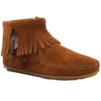 Minnetonka Concho Feather Side Zip Boot Brown Suede 522 (Women's)